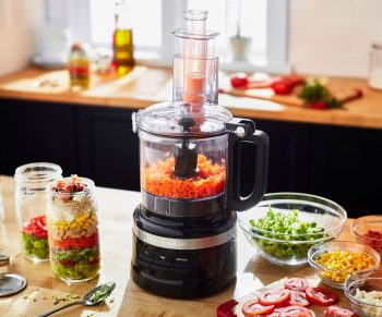 Win een food processor 2.1 l van Kitchenaid t.w.v. € 199,-!